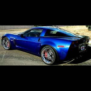 Corvette 2005-2006 Z06 Wide Rear Fender Package