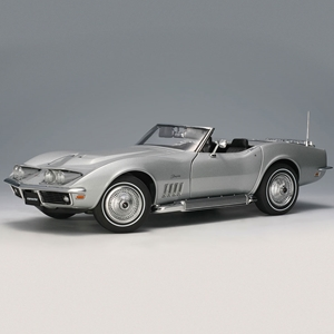 1969 C3 Corvette Cortez Silver - Die Cast 1:18 Scale Model.