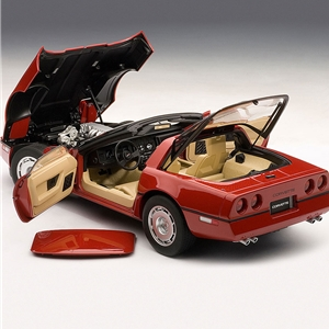 1986 C4 Corvette Bright Red - Die Cast 1:18 Scale Model.
