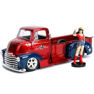 1952 COE Wonder Woman Red/Blue Pickup Die-Cast Figure 1:24. DC Comics Bombshells