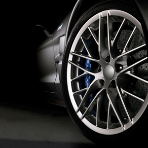 Corvette Wheel and Tire Package - 2009 GM ZR1 Silver Wheel & Michelin PS2 Tires : 2005-2013 C6,Z06,ZR1