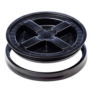 Black Gamma Seal Lid for 3.5, 5, 6 & 7 Gallon Plastic Buckets